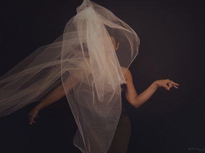 portrait de photographe, portrait personnel, portrait pour soi, photographe, portrait, paris, estelle chhor, confiance en soi, prendre soin de soi, exister en photo, cadeau, portrait, femme, féminité