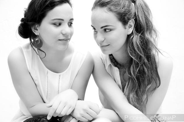 Portrait professionnel, moderne, glamour, soeurs, studio, femme, ado, adolescente