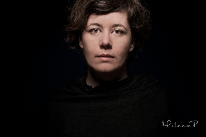 Portrait, Milena Perdriel, studio, projet personnel, Paris, Portraitiste, éclairage, poser, émotion, apprendre à poser, concours, professionnel, autoportrait