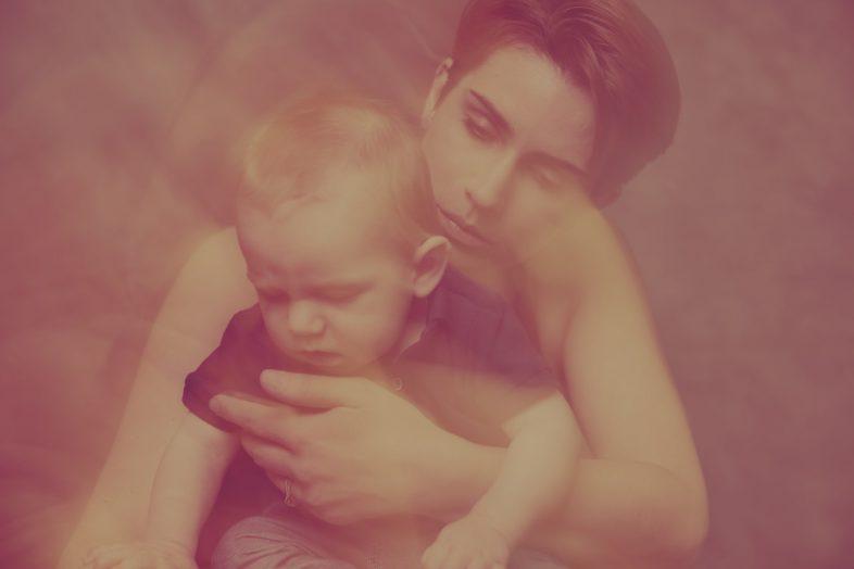 famille, mère, bébé, enfant, photographe, studio photo, séance photo, maman, cadeau, artistique